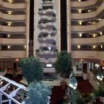 Hotel-Tour-Holiday-Inn-Lobby